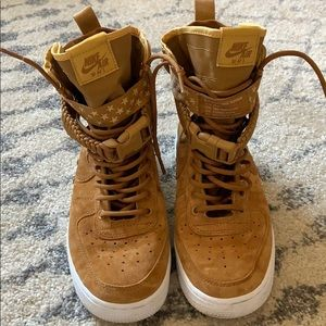 WORN ONCE Nike Tan AF AF1s
